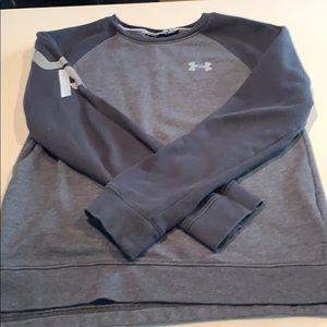 Youth Medium Under Armour Sweatshirt
